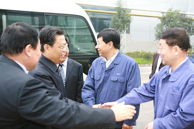 2011年11月17日, 时任陕xi省委书ji赵乐际到gong司调研