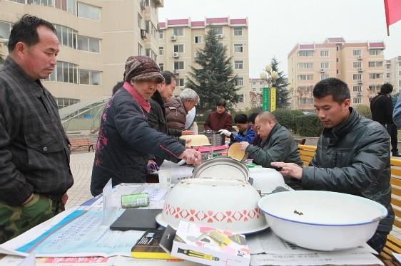 金属分公司联合兄弟单位开展青年志愿者服务活动